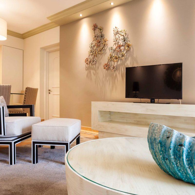 Luxury Suites Living Room