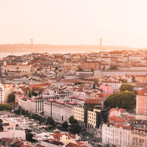 How much do you need to invest in Portugal to live in Europe?